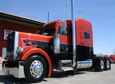 buy used volvo truck used peterbilt truck picture nexttruck blog industry