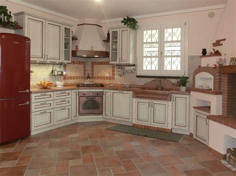 foto interni rustiche cucine rustiche trova le migliori idee per mobili e