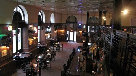 top 10 bars in philly top 10 college bars in philly wooder ice