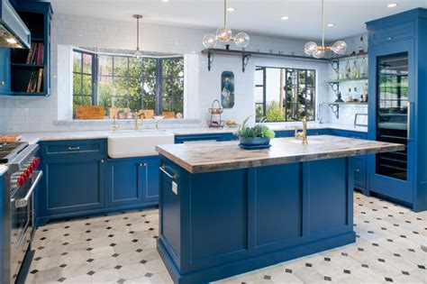 blue kitchen insel kitchen of the week bringing back to a
