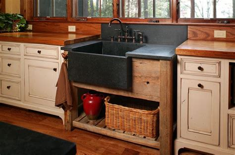 This Rustic Kitchen Has A Stand Alone Farmhouse Sink In Rustic Kitchen Sinks