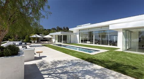houses in beverly hills beverly hills house by mcclean design caandesign architecture and home design blog