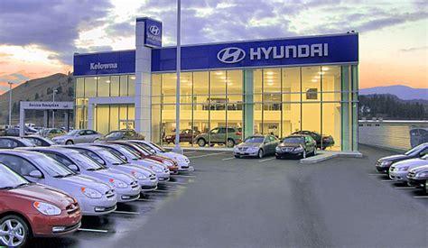 car dealership hyundai april sales figures small cars big trucks