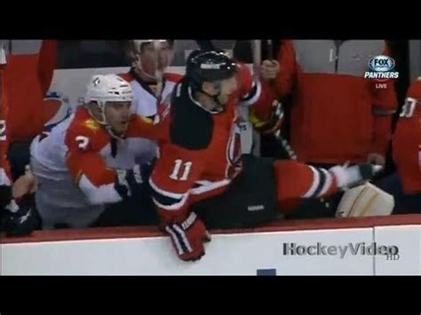 hit the bench stephen gionta hit over the bench and pushed youtube