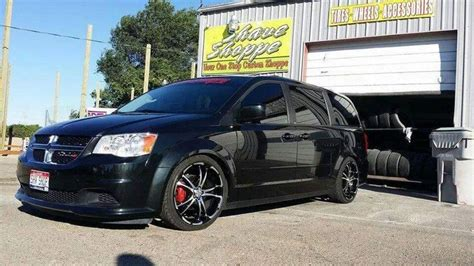 Dodge Caravan Rims Dodge Grand Caravan Sxt Aftermarket Parts Lowered 20inrims