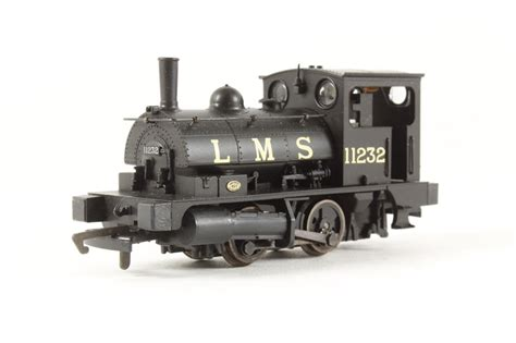 hornby pug hattons co uk hornby r2065 class b7 pug 0 4 0st 11232 in lms black
