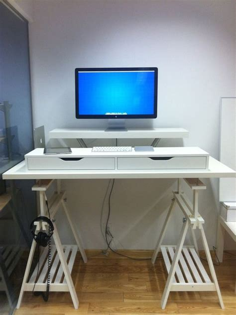 Stand Up Desk Ikea Hack No Clue How I M Going To Make Up My Mind With All These Standing Desk Options Stand Up