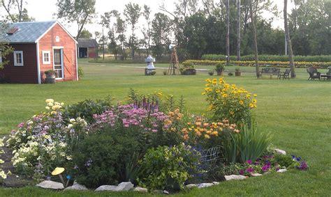 Garden Center Jamestown Nd Jamestown Vacation Rental Vrbo 476359 8 Br Nd Lodge
