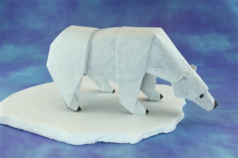 Origami Polar - canadian themed origami to celebrate canada s 150th birthday