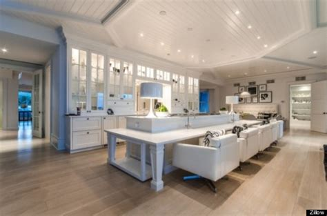 celine dion jupiter island celine dion s 72 5 million jupiter island house has its