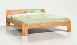 lit en bois moderne lit design en htre massif nature lit contemporain 2