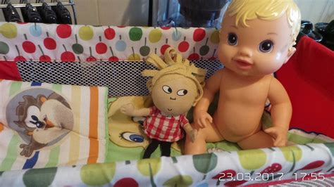 baby alive bed 2011 hasbro baby alive quot all gone quot doll bed pillow and