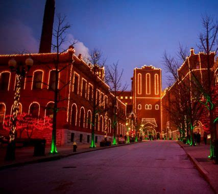 brewery lights st louis anheuser busch lights up st louis and fort collins with