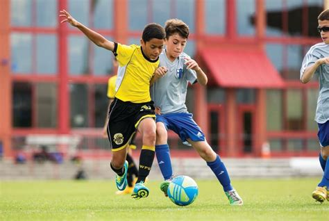 youth activities beginner soccer tips pro tips by s sporting goods