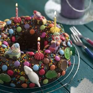 kindergeburtstag kuchen verzieren die besten 17 ideen zu kindergeburtstagskuchen auf