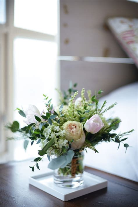 Small Wedding Flower Arrangements by How To Make Small Flower Arrangements Threads Blooms