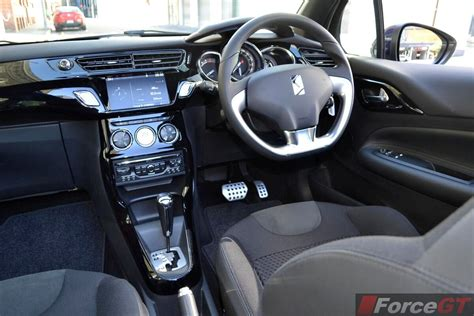 Citroen Ds3 Cabrio Interior by Citroen Ds3 Review 2013 Ds3 Cabrio Interior Dashboard