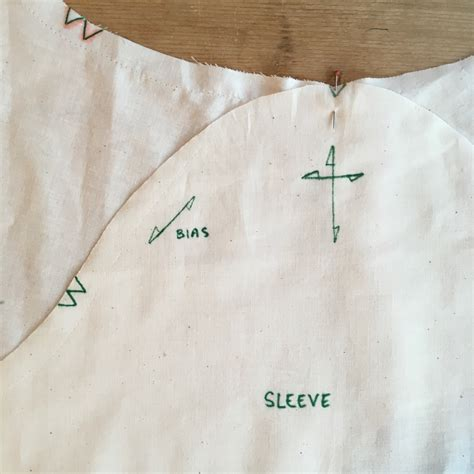 sleeve pattern notches tutorial setting in sleeves blueprints for sewing