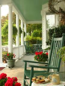 small front porch decorating ideas for winter