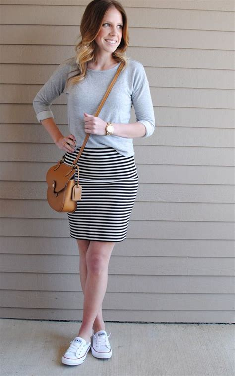 Sweater Converse Two By Syintashop best 25 striped skirts ideas on black white
