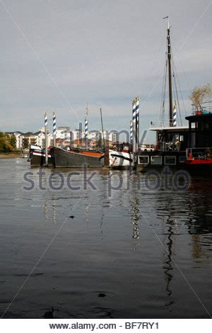 thames clipper wandsworth wandsworth pier stock photo royalty free image 310465200