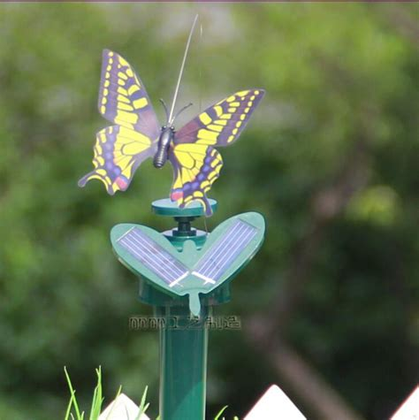 Solar Flying Butterfly Simulation B2 2017 2014 newest pretty solar butterfly simulation flying butterflies led toys grass