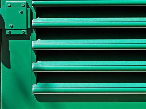 persiane verdi persiane colorate per facciate personalizzate