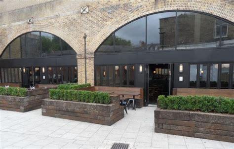 beagle restaurant railway sleepers planters