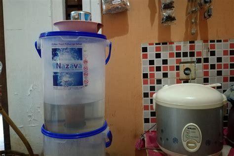 membuat filter air siap minum begini gaya hidup lebih ramah lingkungan mongabay co id