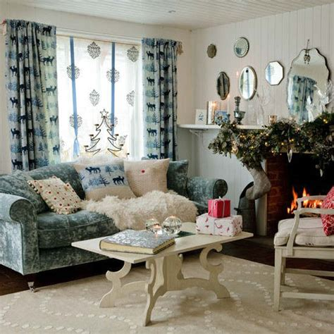 country christmas home decor 33 best christmas country living room decorating ideas