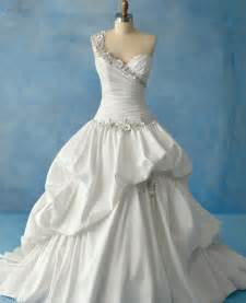 white wedding dresses the wedding collections white wedding dresses