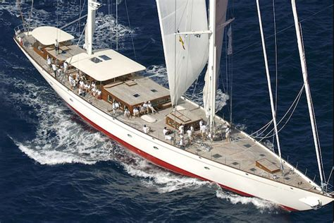life cruising   superyacht     antarctic  adele