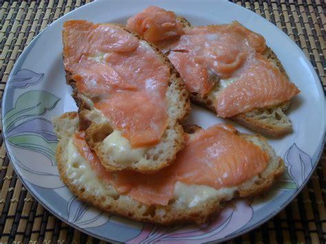 come cucinare il salmone a fette come cucinare il salmone affumicato a fette idea di casa