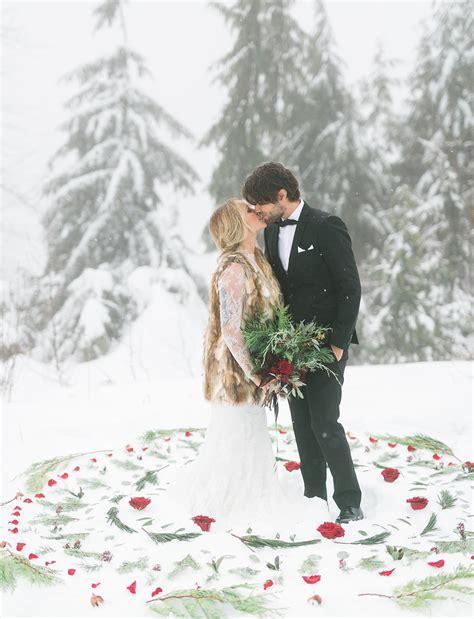 Vintage Bohemian Winter Wedding: Julia   Mike   Green