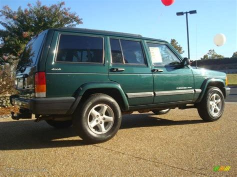 green jeep cherokee forest green pearlcoat 2001 jeep cherokee sport 4x4