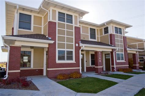 3 bedroom apartments lincoln ne prairie crossing apartments townhomes in lincoln ne