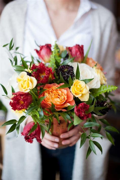 flower arranging class flower design how to host a flower arranging party la crema