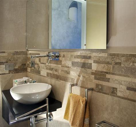 bagno in travertino strips hf mosaico in marmo levigato pietre di rapolano shop