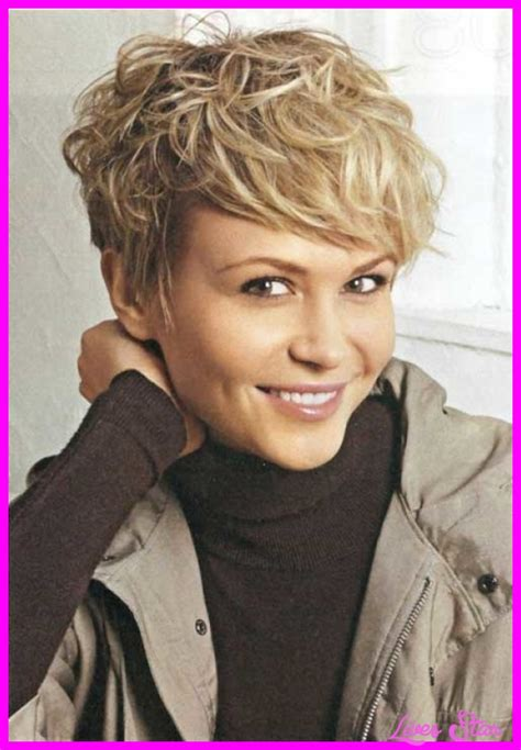 hairstyles very short hair really short haircuts for wavy hair livesstar com