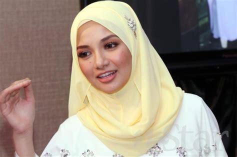 neelofa hijab neelofa kesal selebriti berhijab dikritik berita hiburan