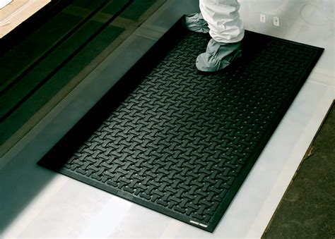 comfort flow anti fatigue flow through floor mat