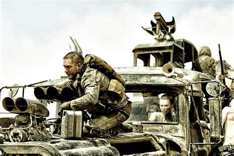 Auto Im Film Einer Nach Dem Anderen by Mad Max Fury Road Film 2015 Kritik Trailer Kinos