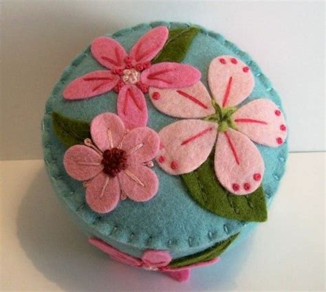 japanese pincushion pattern free pincushion cupcake pattern and silicone cup case