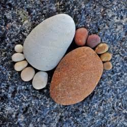 Rocks For The Garden Got Stones Creative Easy And Artsy Ways To Use Rocks In The Garden The Garden Glove