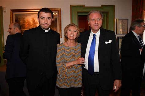 giuseppe consolo l archimandrita clemente bobchev con tiziana e giuseppe