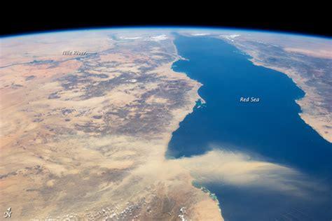 imagenes satelitales birdseye astronaut view of the red sea on earthsky earth earthsky