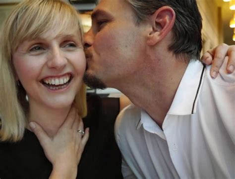 10 For Dating In Your Forties by Dating Advice For Expert Dating Tips For