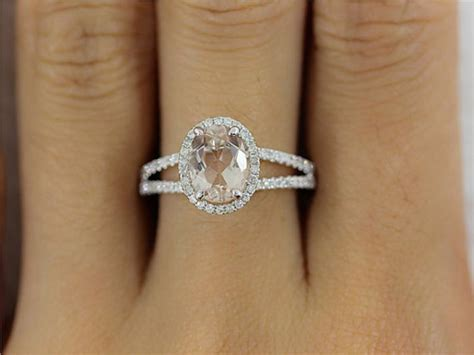 Wedding Ring Vs Normal Ring by Get A Bachelorette Inspired Oval Shaped Engagement Ring At