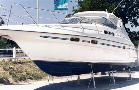 boat hull stands the yacht leg and cradle company yacht legs yacht