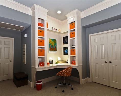 Corner Desk Desks And Bookshelves On Pinterest Built In Corner Desk Ideas